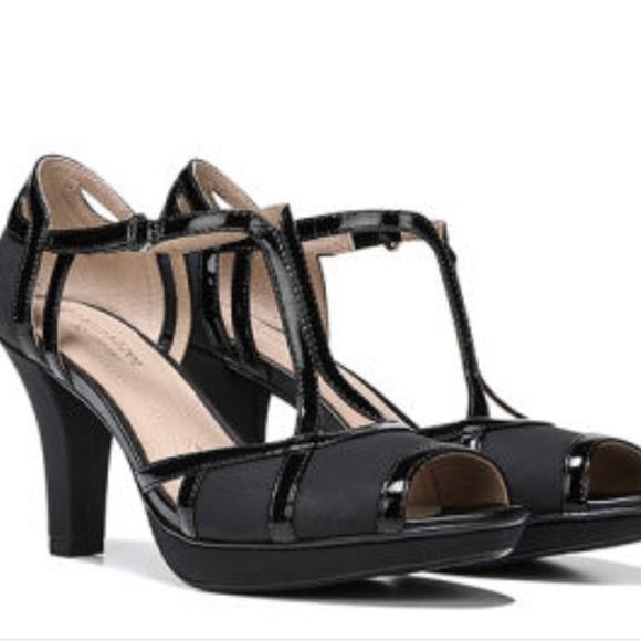 eae331291b5e0 Naturalizer Dacoma peep toe pumps high heels 8